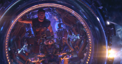 Marvel Studios' AVENGERS: INFINITY WAR..L to R: Thor (Chris Hemsworth), Rocket (voiced by Bradley Cooper) and Groot (voiced by Vin Diesel)..Photo: Film Frame..©Marvel Studios 2018